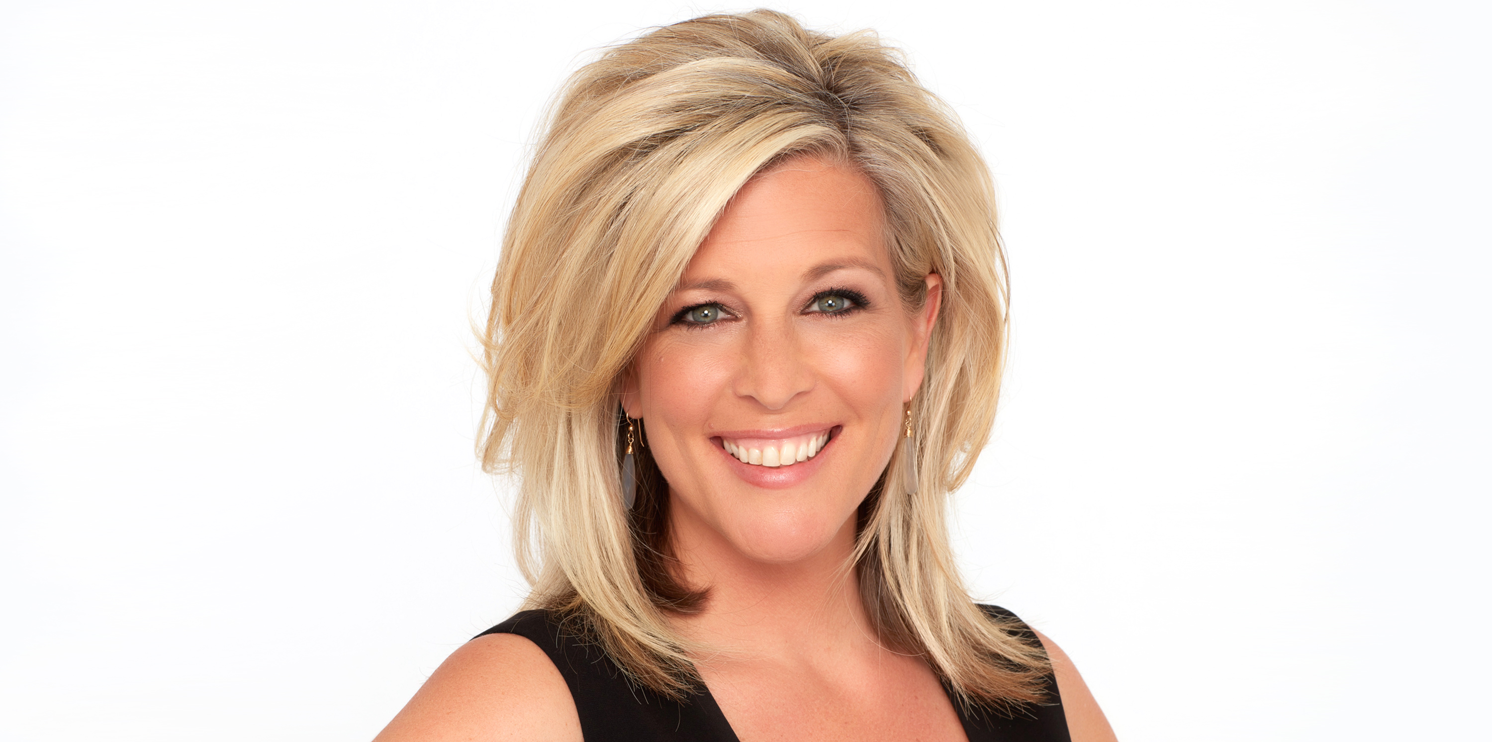 Laura Wright biography