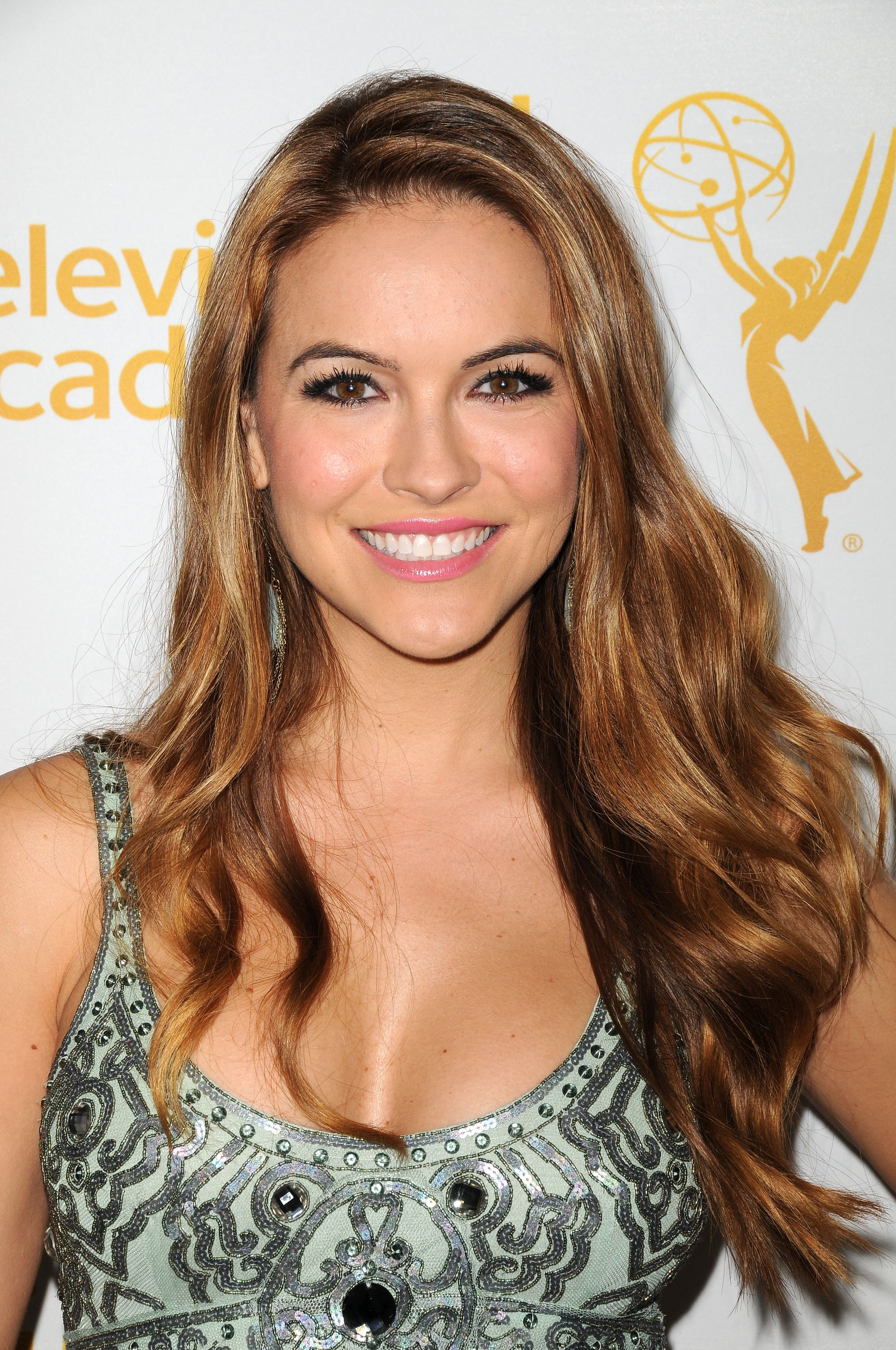 Celebrity Amanda Chrishell